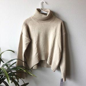 GOODNIGHT MACAROON // Turtleneck Sweater
